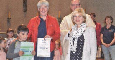 Auszeichnung fürs MAXI-Familienzentrum
